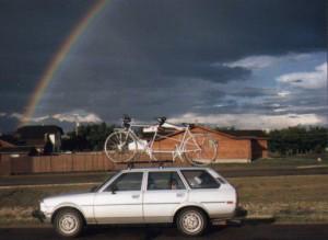 BlkHills-Car-Rainbow-w