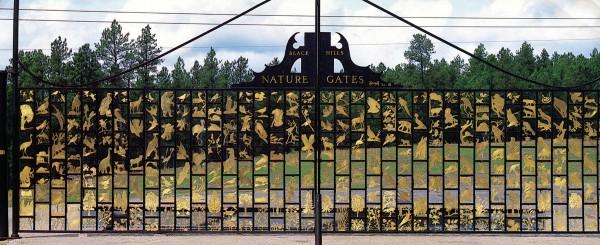 BlkHills-gates-w