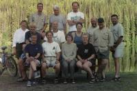 KVR 10-07-03 Team @ Chute Lake_jpg.jpg